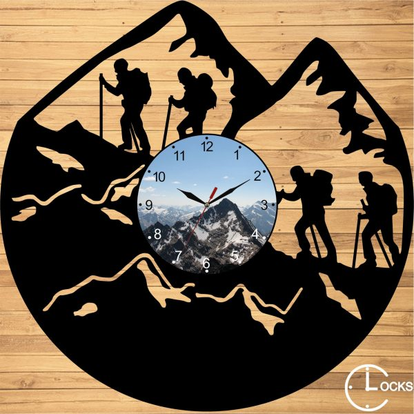 Ceas de perete din lemn negru Excursie pe munte Clocks Design