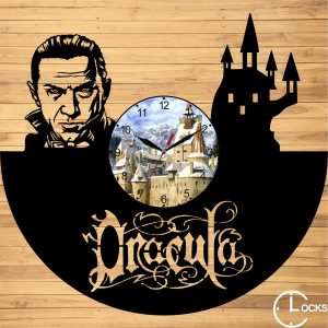 Ceas de perete din lemn negru Dracula si Castelul Bran Clocks Design