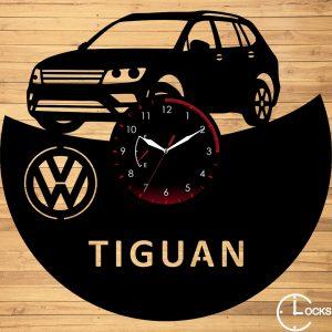 Ceas de perete din lemn negru Volkswagen TIGUAN | clocksdesign.ro